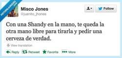 Enlace a Por suerte se queda una mano libre por @juanito_jhones