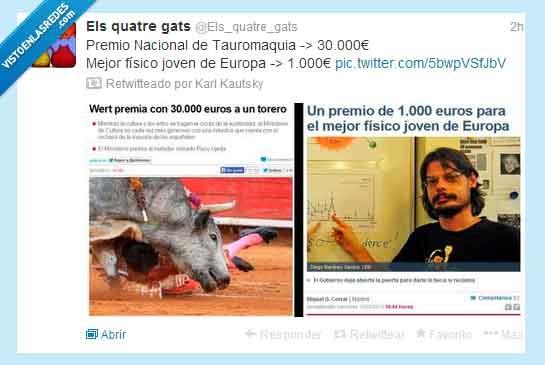 377070 - Prioridades, el gobierno las tiene muy claras por @Els_quatre_gats