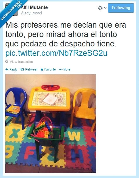 despacho,juguetes,profesores,sillas,tonto