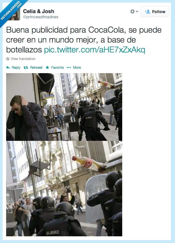 actualidad,botella,botellazos,coca-cola,empresa,gallego,manifestantes,parlamento,protesta