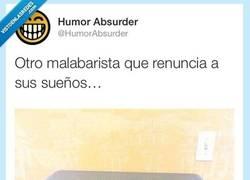 Enlace a Otro más, qué triste... por @HumorAbsurder