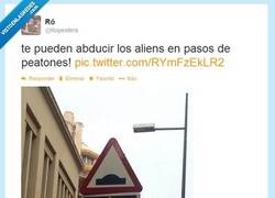 Enlace a I WANT TO BELIEVE por @ropesfera