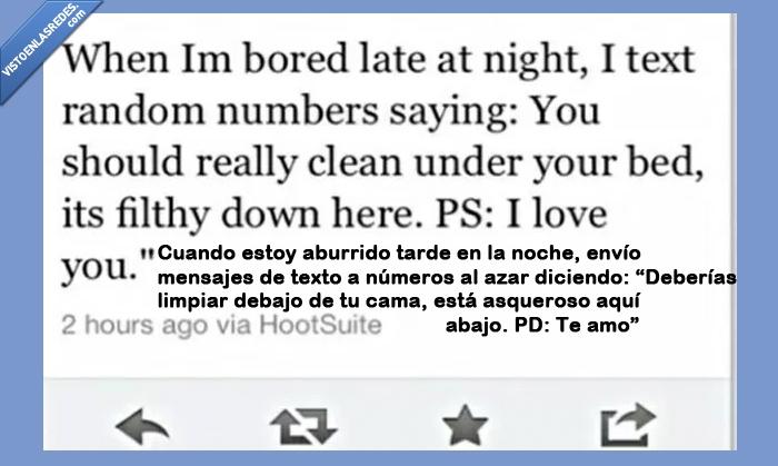 azar,cama,madrugada,mensaje de texto,miedo,noche,pesadilla