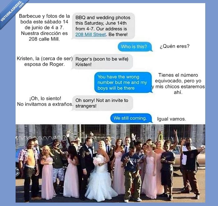 amigos,barbacoa,Boda,colar,equivocado,error,fotos,grupo,matrimonio,negros,presentar,whatsapp