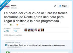 Enlace a No sé si son los de @renfe o los de Regreso al futuro por @elautoestopista