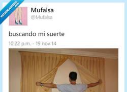Enlace a Busca también en las esquinas, por si acaso por @mufalsa