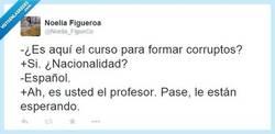 Enlace a Desgraciadamente, así es por @Noelia_FigueCo