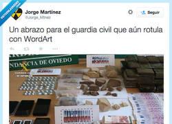 Enlace a En Oviedo tienen a grandes diseñadores gráficos por @Jorge_Mtnez