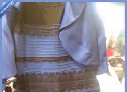 Enlace a El debate del vestido. ¿De qué color lo veis?