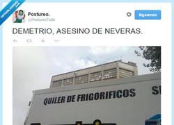 Enlace a ¡Temblad, neveras! por @PostureoTuits