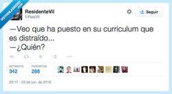 Enlace a Por lo menos no ha mentido en el curriculum por @ResiVil