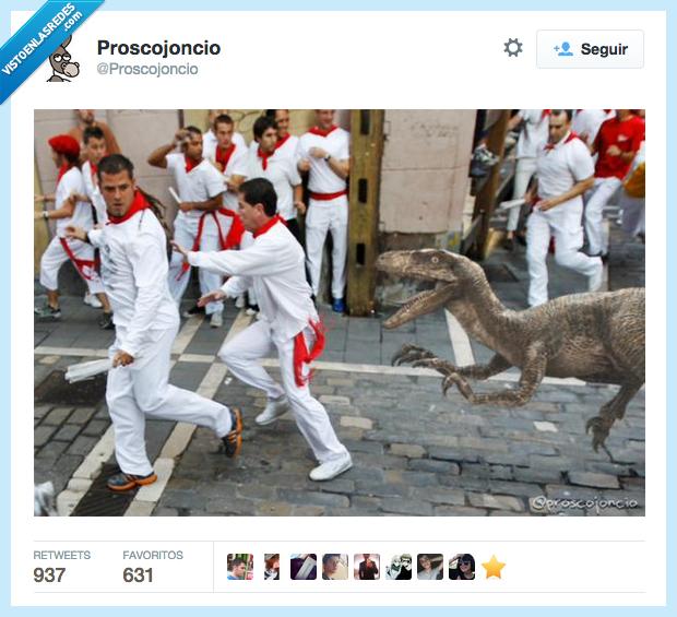 correr,dinosaurio,encierro,huir,perseguir,San Fermín,toro,velociraptor