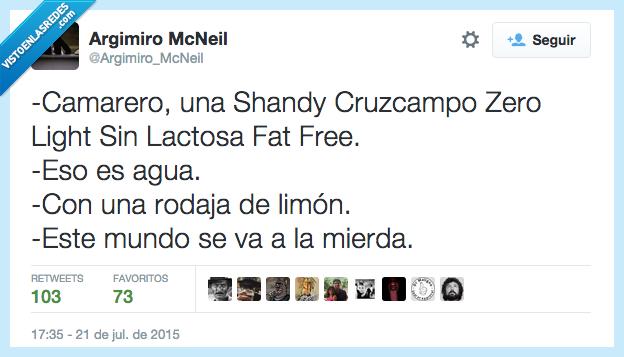 agua,camarero,fat free,Light,limón,mundo,rodaja,Shandy Cruzcampo,sin lactosa,Zero