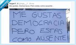 Enlace a Me gustas, Democracia, por @Angie___F