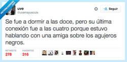 Enlace a Sí, de agujeros sí, eso seguro... por @uvemayuscula