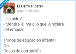 Enlace a ¿Niños o políticos? por @perro_hipster