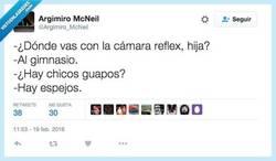 Enlace a Lo primero es lo primero: EL POSTUREO por @Argimiro_McNeil