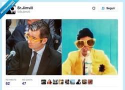 Enlace a Ya decía yo que sus gafas me sonaban por @SrJimvill