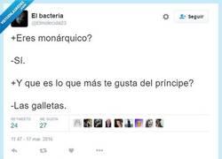 Enlace a Soy muy fan de la monarquía de los Becquelaur por @elmolecula23