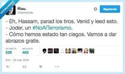 Enlace a Menos mal que tenemos hashtags para casos así por @xaviconde