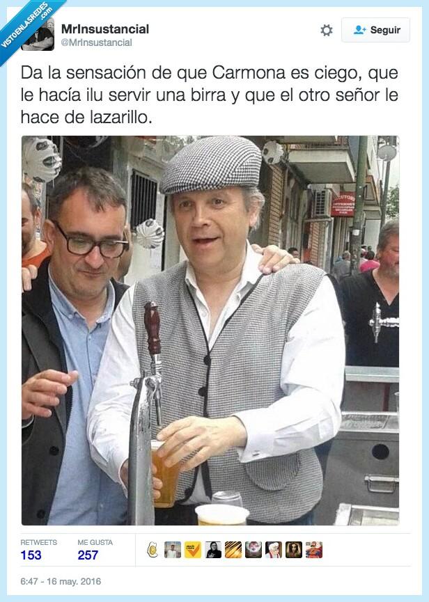 ayudar,birra,caña,Carmona,cerveza,ciego,lazarillo,servir,tirar