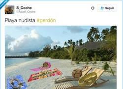 Enlace a Playa nudista, por @Aquel_Coche