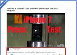 Enlace a Comentarios al destrozar un iphone 7