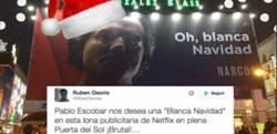 Enlace a El polémico cartel de Narcos felicitando la Navidad que ha dividido la opinión en España