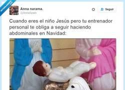 Enlace a Hasta el niño Jesús se ha puesto a hacer ejercicio después de a Navidad @AnnaSpain