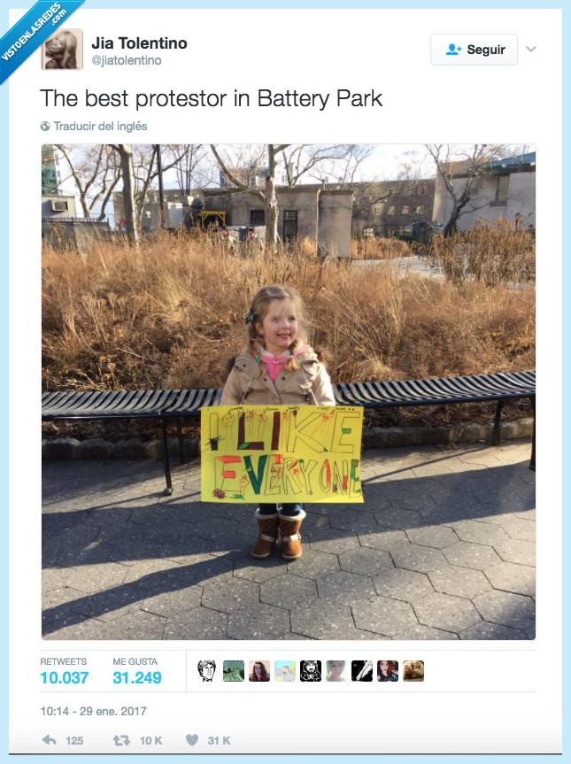 cartel,me gusta todo el mundo,niña,protesta