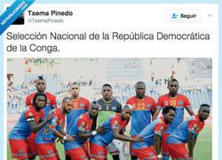 Enlace a La República de la Conga posa haciendo honor a su país por @TxemaPinedo