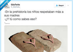 Enlace a El chancletazo prehistórico por @_GilaTwits_