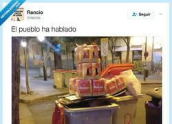 Enlace a La democracia de la cerveza la ha mandado al exilio por @rancio
