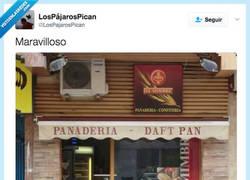 Enlace a Panaderías con estilo musical por @lospajarospican