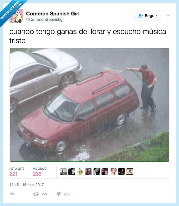 coche,lluvia,melancolía