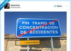 Enlace a Más vale conducir con precaución por esa zona por @Obispofobia