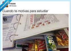 Enlace a Encontrar la motivación para estudiar por @Frikisite