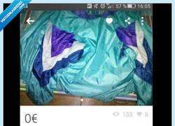 Enlace a Regala chaqueta Adidas para hacer feliz a todos los fans del Cosplay, por @ItMeIRL
