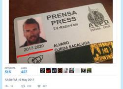 Enlace a El pseudoperiodista Álvaro Ojeda se vuelve a superar quedando como un retrasado