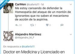 Enlace a Se pone a defender la homeopatía diciendo tontería y este doctor se lo explica en modo de zasca