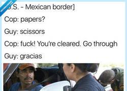 Enlace a Mientras tanto, en la frontera México-USA