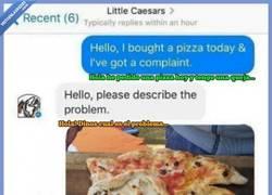 Enlace a Pide una pizza y le llega con una forma un tanto extraña