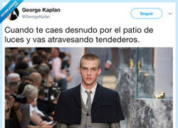 Enlace a La moda actual, por @GeorgeKplan
