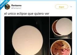 Enlace a El único eclipse que quiero ver, por @flantasma1