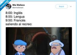 Enlace a Cuando te juntan tres clases de lengua, por @emmaherzen