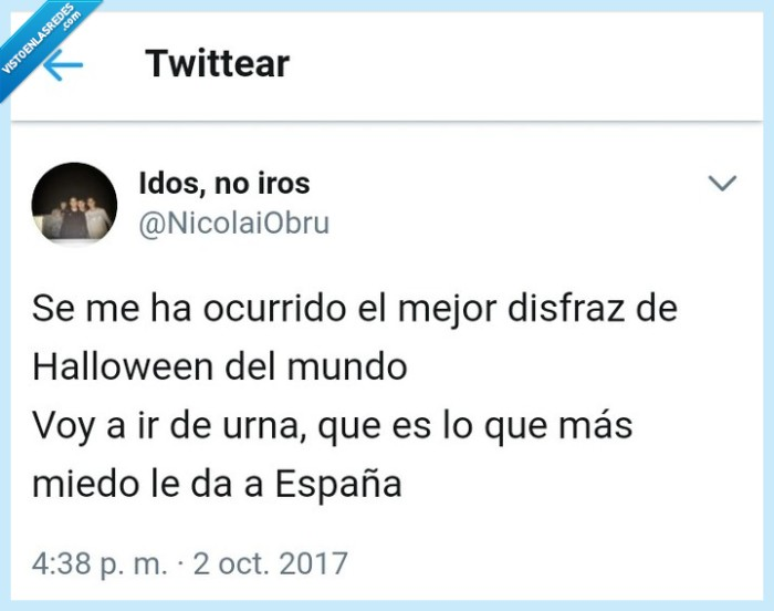 Cataluña,disfraz,España,Halloween,Urna