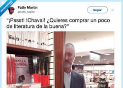 Enlace a Arturo Pérez-Reverte dealer de literatura buena, por @Fatty_Martin