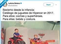 Enlace a Todos los años pasa lo mismo con los catálogos de juguetes, por @leticiadolera
