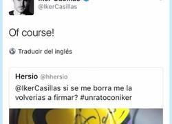 Enlace a Le corrigen a Iker Casillas por