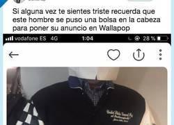 Enlace a El señor de Wallapop que protegió su identidad con una bolsa de papel, por @